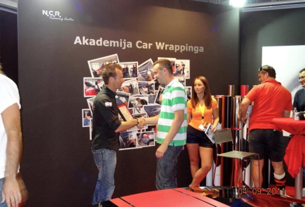 Podelitev Car wrapping certifikatov