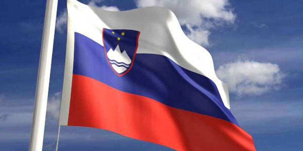 Zastave pravilno izobešanje